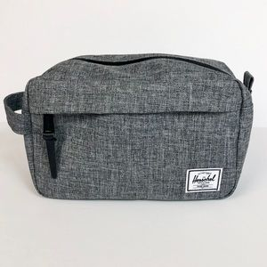Herschel Chapter Travel Dopp Kit Bag Gray NWOT